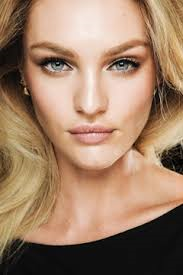 Booking Candice Swanepoel