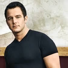 Book Easton Corbin