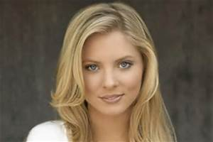 Booking Agent for Kaitlin Doubleday