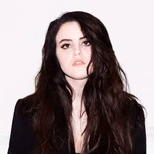 Booking Kiiara