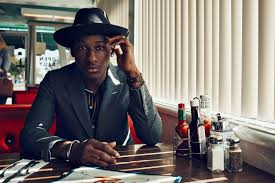 Booking Leon Bridges