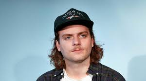Book Mac DeMarco