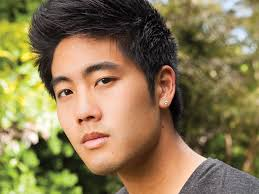 Booking Ryan Higa