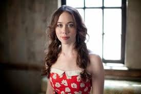 Booking Sarah Jarosz