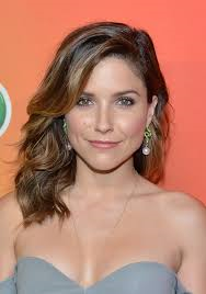 Book Sophia Bush