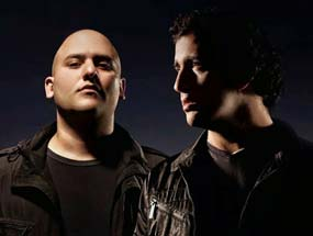 Booking Aly & Fila