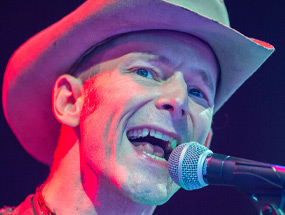 Booking Hank III