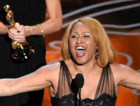 Booking Agent for Darlene Love