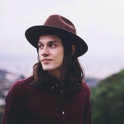 Booking James Bay