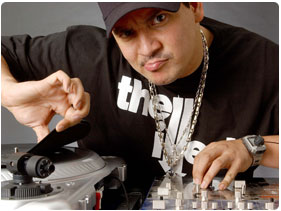Booking Mix Master Mike