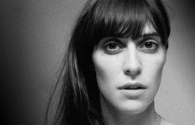 Booking Feist