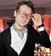Booking Edward Maya