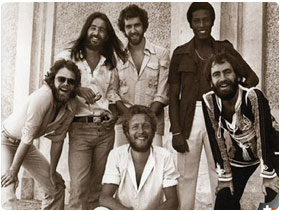 Booking Average White Band (AWB)