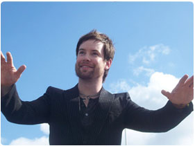 Booking David Cook