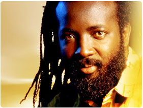 Book Freddie McGregor