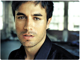 Booking Enrique Iglesias